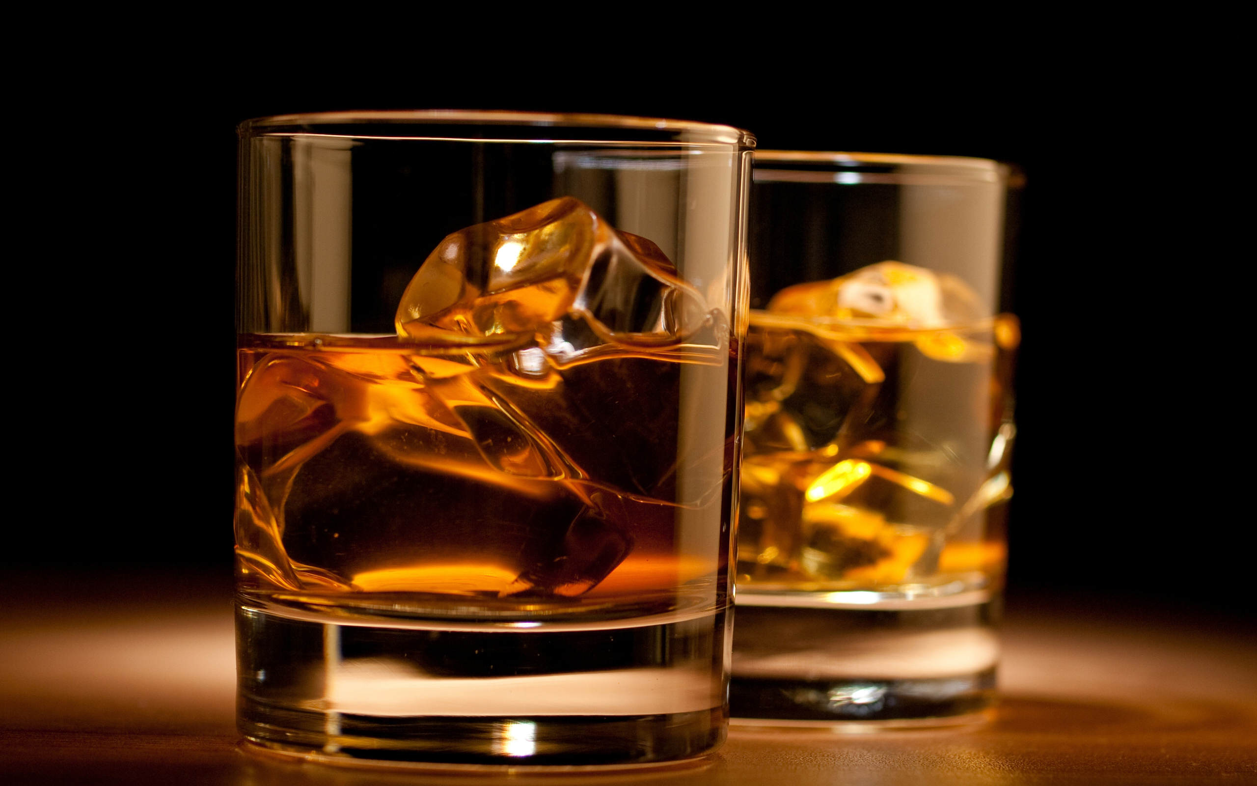whisky-glass-wallpaper-2